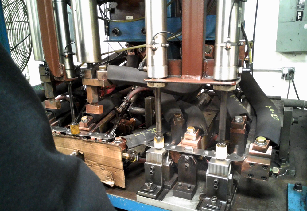 Multi station welding machine.